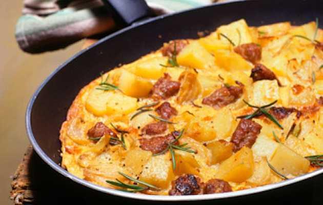 Frittata patate e wurstel ricette in 30 minuti for Cucinare wurstel al forno
