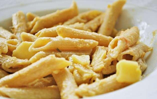 Pasta con patate e salmone ricette in 30 minuti for Ricette primi piatti veloci bimby