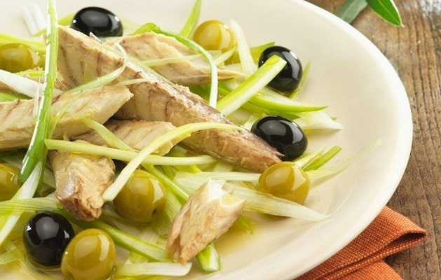 Antipasto veloce di sgombro e olive ricette in 30 minuti for Ricette pesce veloci