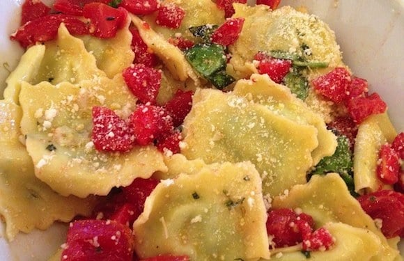 ravioli ricotta spinaci in insalata