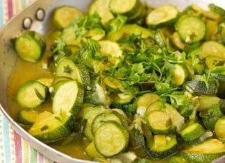 zucchine in padella prezzemolo e vino
