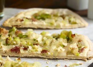 Flammkuchen pizza porri pancetta