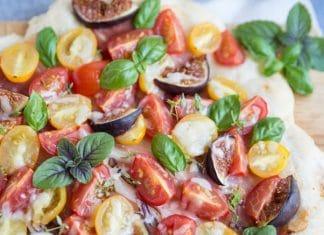 pizza-fichi-speck-pomodorini-bufala