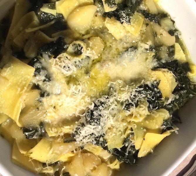 minestra veloce cavolo nero e patate ricettein30minuti