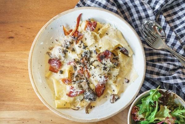 pasta-pancetta-tartufi-funghi