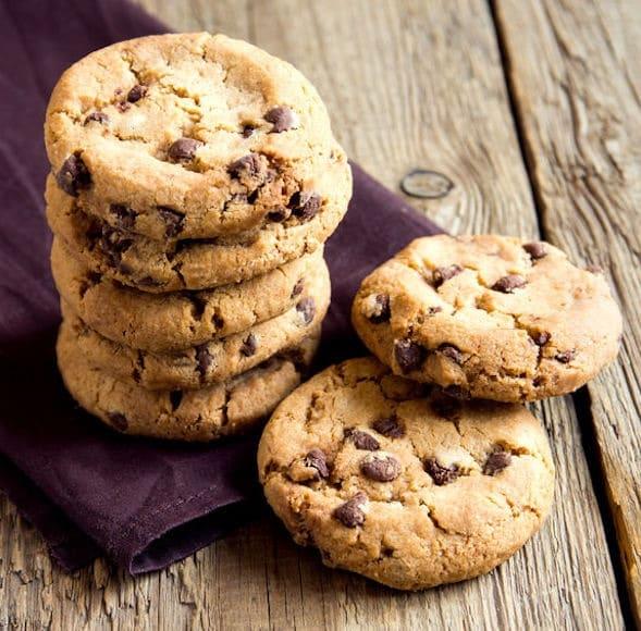 Ricetta Originale Cookies Inglesi.Come Fare I Migliori Biscotti Al Cioccolato Americani Morbidi Video Ricette In 30 Minuti