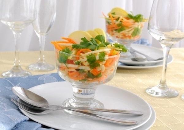 insalata-carote-sedano-mele-primaverile
