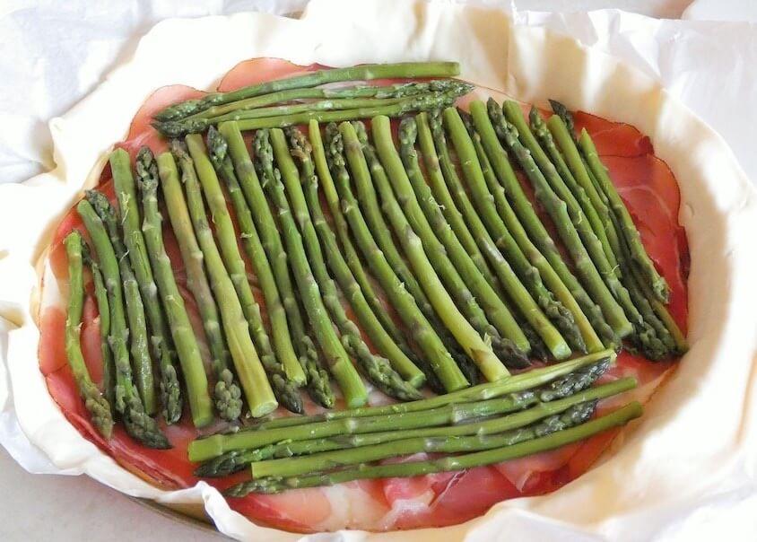 torta salata di aparagi preparazione