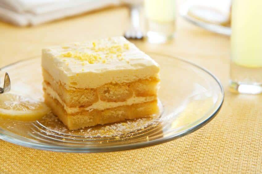 torta al limone con limoncello